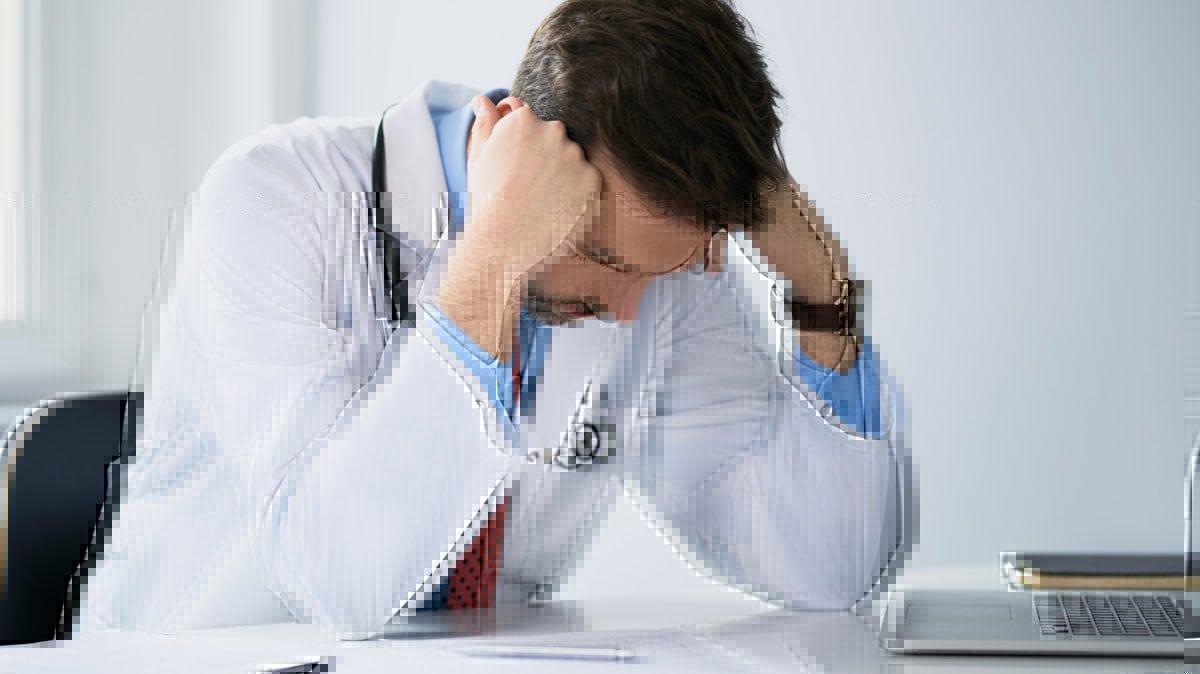Błąd organizacyjny, błąd medyczny